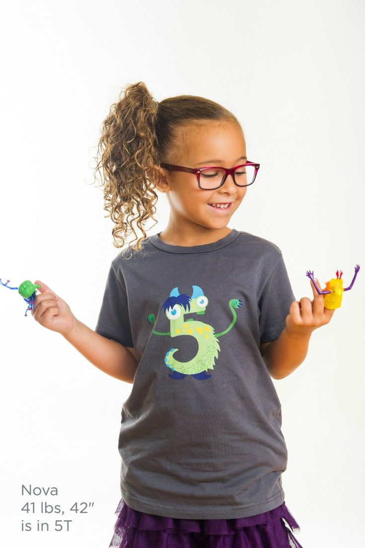 The coolest monster 5th birthday shirt ever! Detachable finger puppets snap on and off to keep your kiddo entertained anywhere. #monsterparty #monsterbirthday #birthdaygirl #birthdayboy