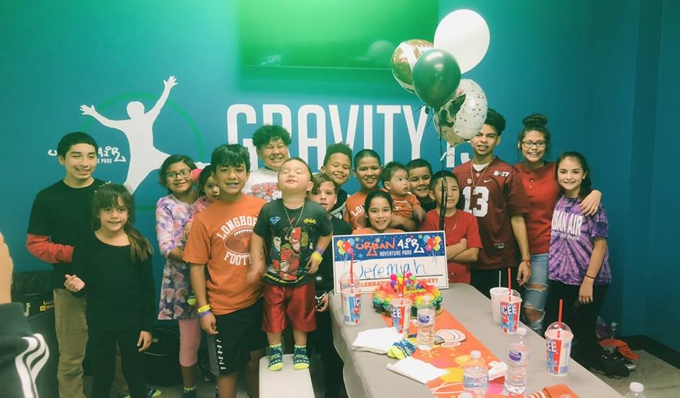 Urban Air birthday party // The Ultimate List of Kid-Friendly Party Venues in Austin // Over 50 birthday party venues in Austin for babies, toddlers, and preschoolers sorted by location and price. Plus an interactive map to find your closest-to-home options. #austintexas #atx #austintx
